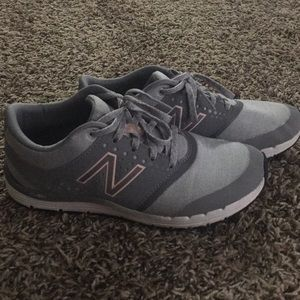 New balance tennis shoes 6.5